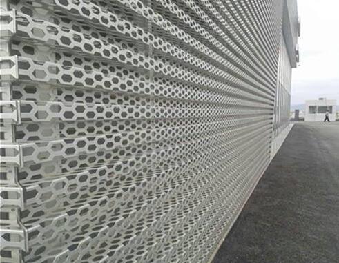 冲孔长城型护墙铝单板