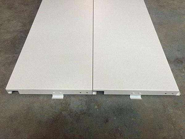 白色铝单板吊顶
